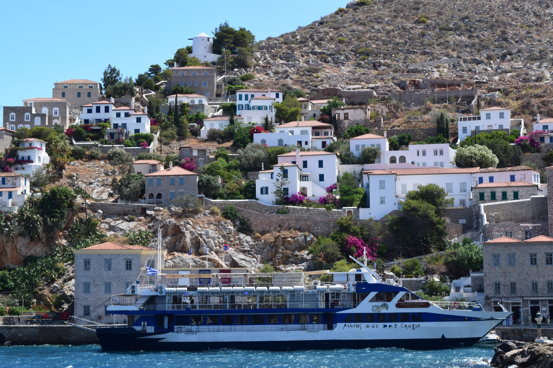 cruiseshipandbuildings